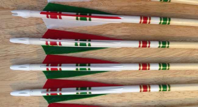Italian flag crested arrows